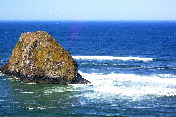 Драгоценный утес Тихоокеанского побережья в Орегоне