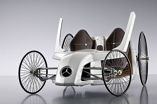 Mercedes Benz F-CELL M Roadster.