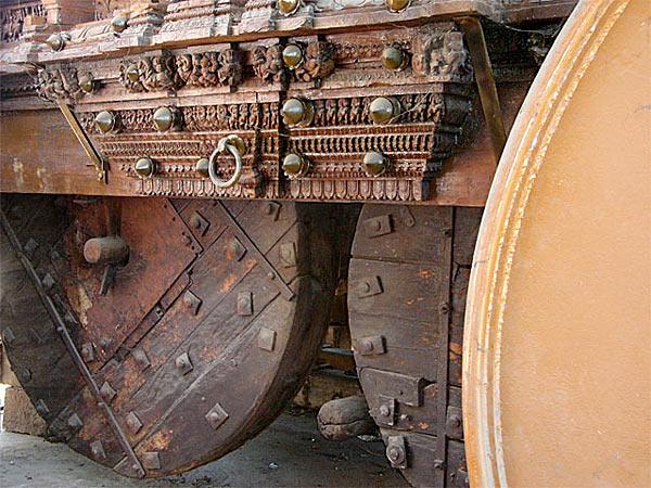 Буддийский автомобиль-храм из Индии - www.darkroastedblend.com