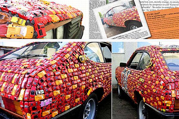 Ковер из накленных крошечных автомобильчиков - www.darkroastedblend.com