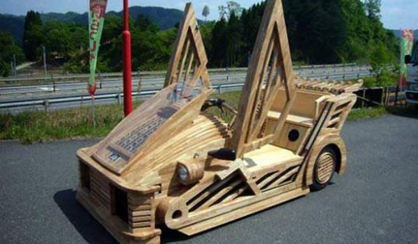 Деревянный автомобиль Maniwa Wooden Car.