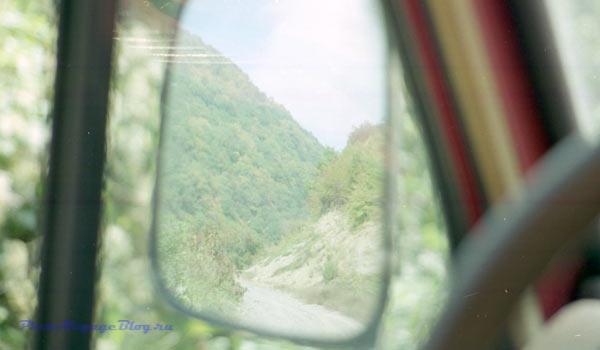 Нестандартная ситуация на горной дороге