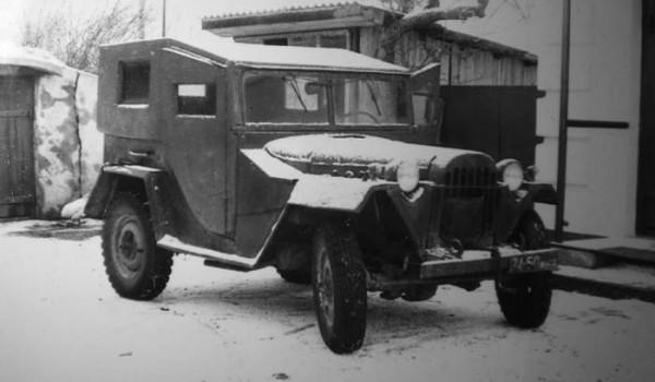 Вариант крытого ГАЗ-67Б на фотографии из семейного архива жителя Украины