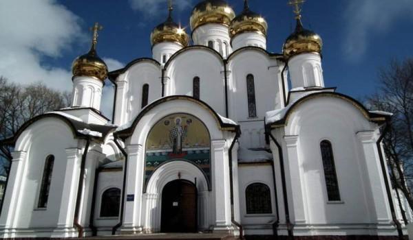 Главный собор женского монастыря. Переславль-Залесский.