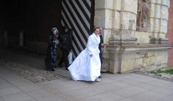 О, я чуть-чуть всего опоздал, она только что вышла замуж. Санкт-Петербург. 2010 год.