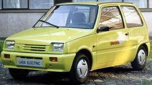 ВАЗ-1111Э – электромобиль, поштучно собиравшийся в Опытно-Промышленном Производстве.