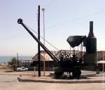 Еще один памятник медным рудникам.. Санта-Розалия. Мексика. 2011 год.