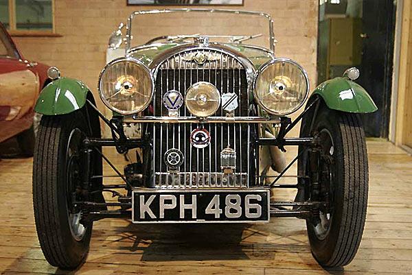 Morgan Motor - реставрированный спорт кар начала ХХ века 4х4.