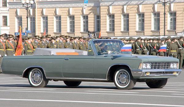 ЗиЛ-111В на параде