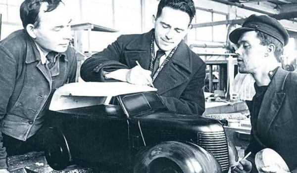 "Моделирование кузова КИМ-10. Фото из журнала ""За рулем"" 1939 год."