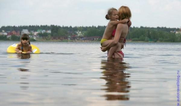 Фото на фоне Озера Круглое.