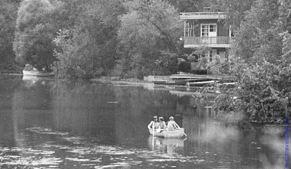 На заливе около Аксаково в Подмосковье, 1976 год.