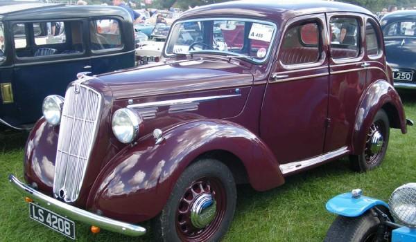1938 Morris 10/4 series M Saloon.