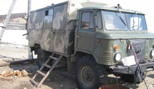 Фургон Рыбной полиции. Поселок Байкальское. 2010 год.