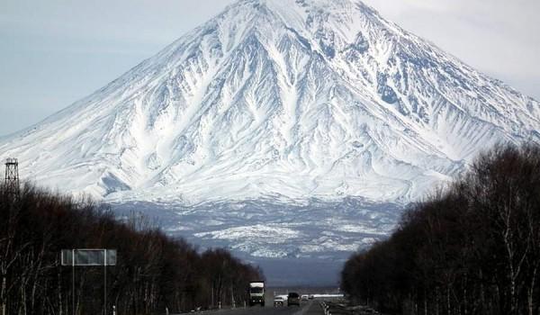 Дорога из аэропорта в Петропавловск-Камчатский.
